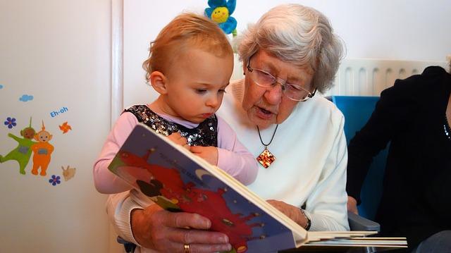 祖母と孫の読書