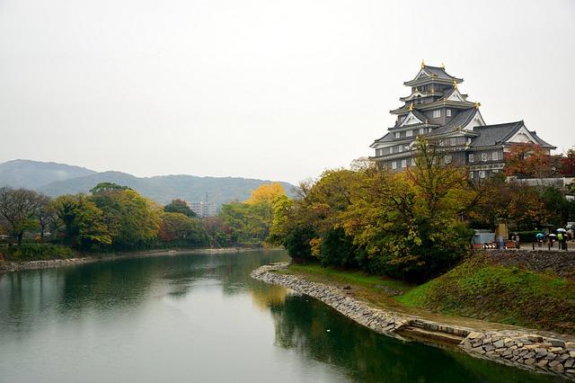 岡山を代表する城と庭園